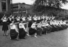 female-guards-at-the-Naval-Ordnance-Plant-in-Detroit-in-1942.jpeg
